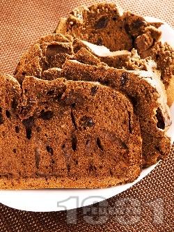 Какаов кекс със стафиди - снимка на рецептата